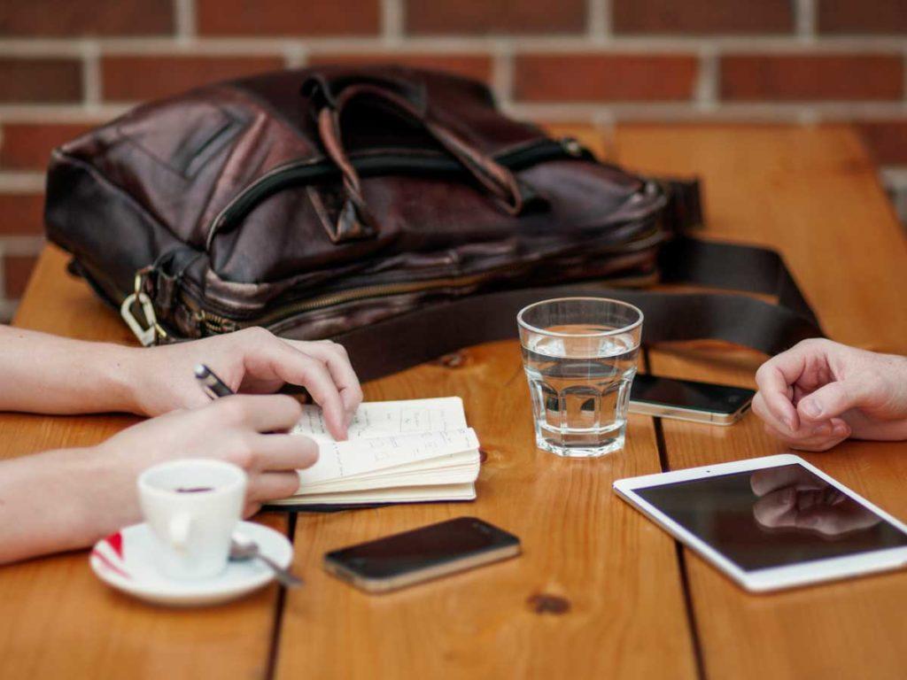 Comment réduire la menace de la technologie sur les relations modernes post thumbnail image